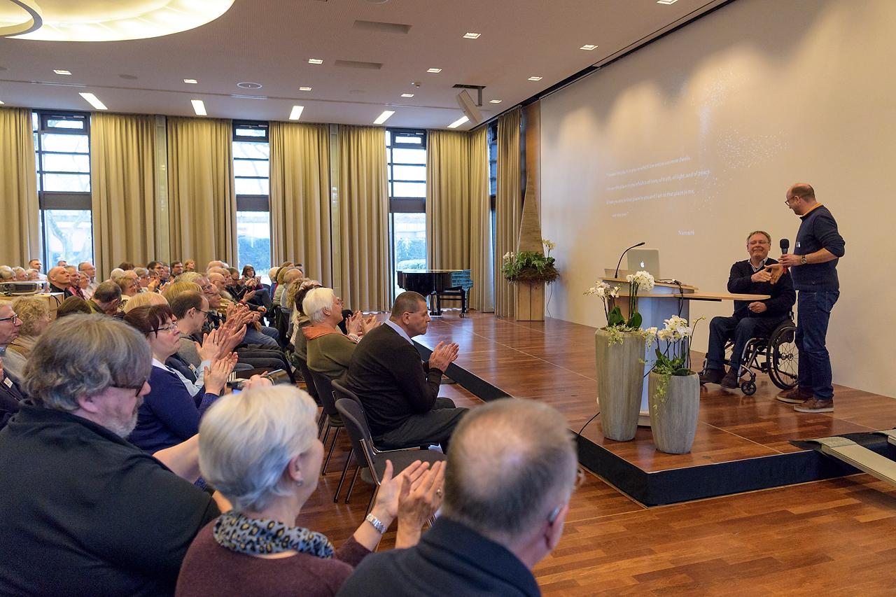 Respekt und Dankbarkeit: So fasst Dr. Martin Feltes seine Empfindungen zum Vortrag von Jan van der Greef zusammen.